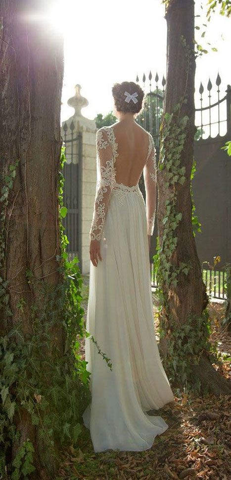 simple-beach-open-back-lace-bridal-dress-with-long-sleeves
