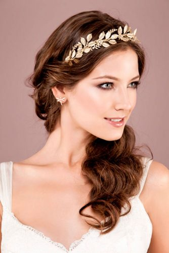 natural-hairstyles-for-brides