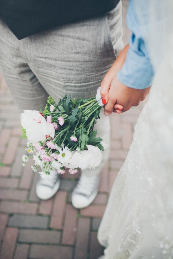 Making sense of wedding traditions - for a fuzz-free wedding day